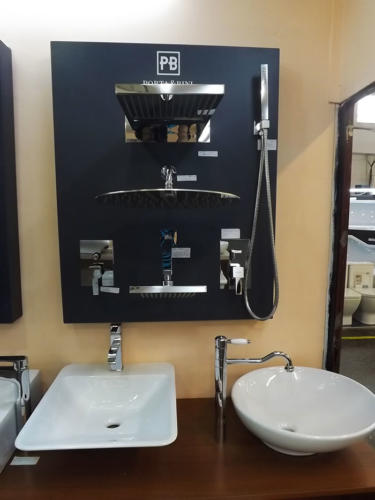 showroom F2 4